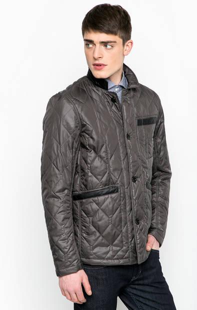 Серая куртка на пуговицах с наполнителем